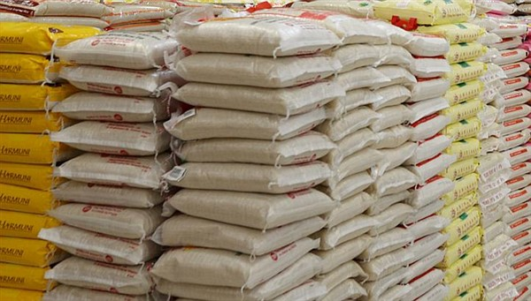 bags of rice (600 x 341)